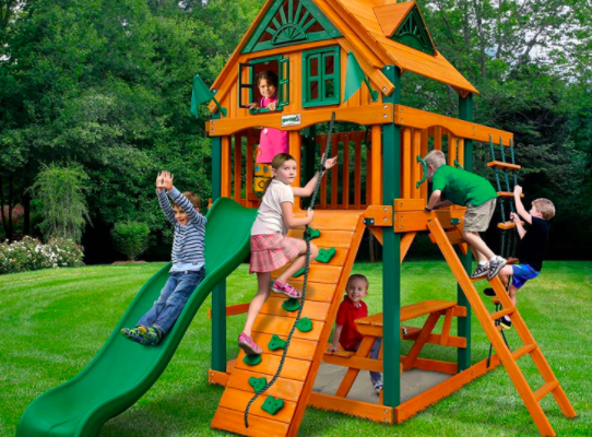 4 Reasons Why Moms Should Install Swing Sets in Their Backyards
